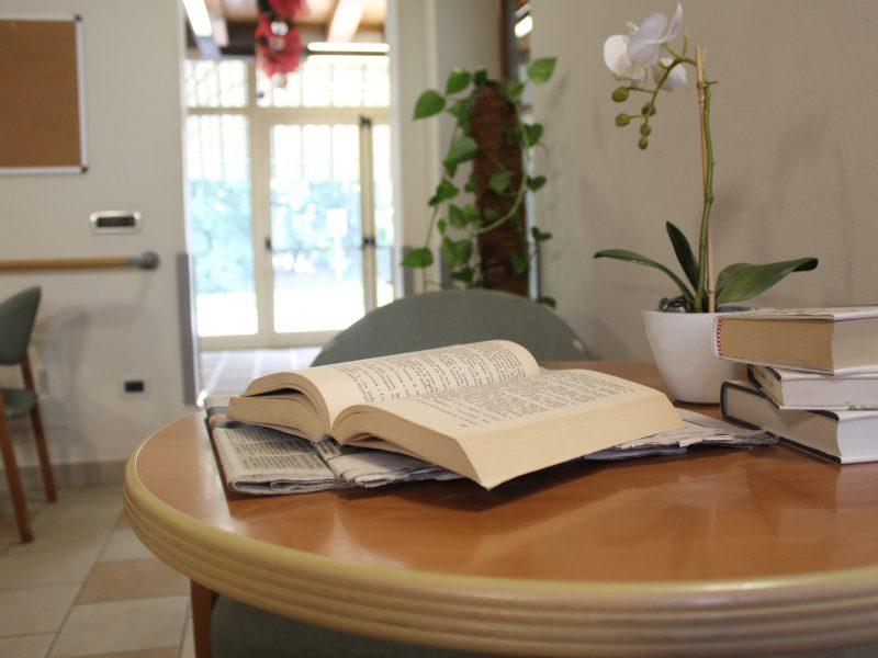 un angolo per la lettura di libri